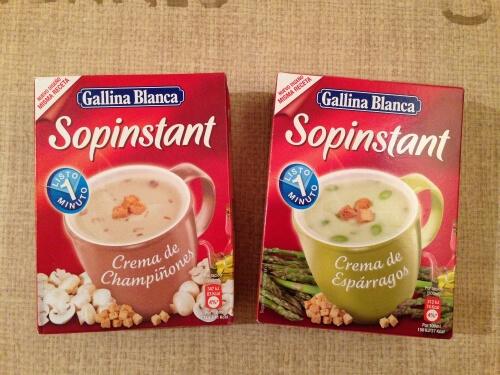 お湯を注ぐだけ1分!インスタント・スープの種類