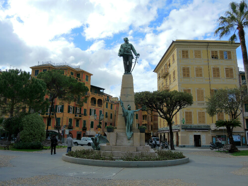 Portofinoの町中にある広場