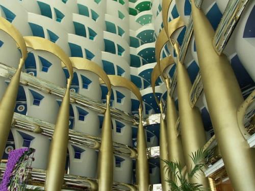 世界一のホテルの中は装飾もすごい!