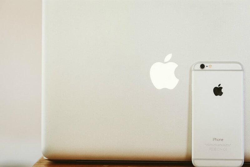 mac-iphone